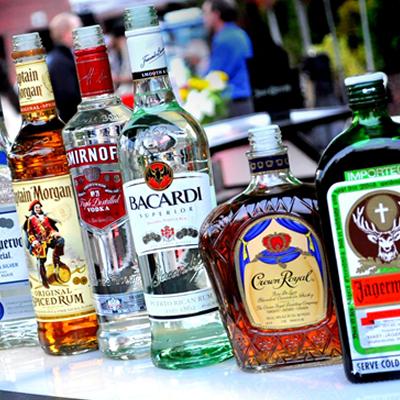 https://recantodastoninhas.com.br/wp-content/uploads/2017/09/bebidas-alcoolicas-2.png