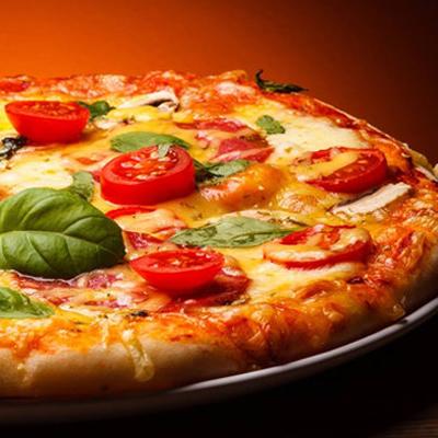 https://recantodastoninhas.com.br/wp-content/uploads/2017/09/pizzas.jpg